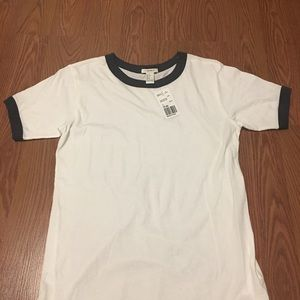 BRAND NEW(forever21)white t-shirt with grey trim